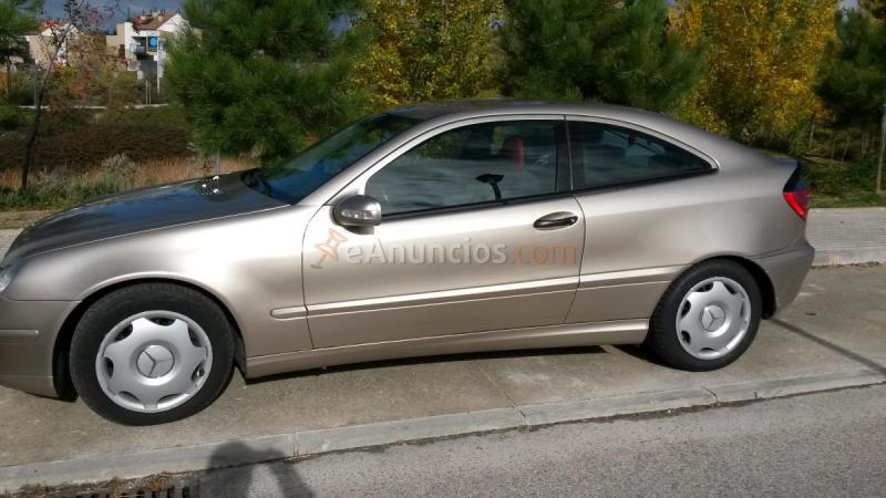 vendo Mercedes 220 CDI