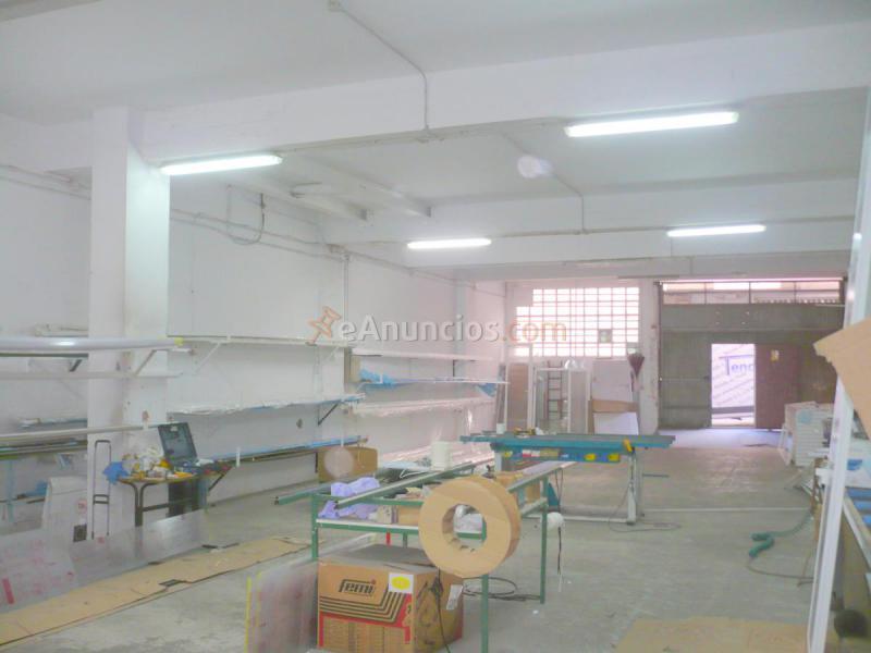 Local en Meicende ( Arteixo ) , 200 m2, céntrico.