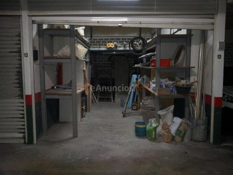 Garaje cerrado de 18 m2 con entrepiso